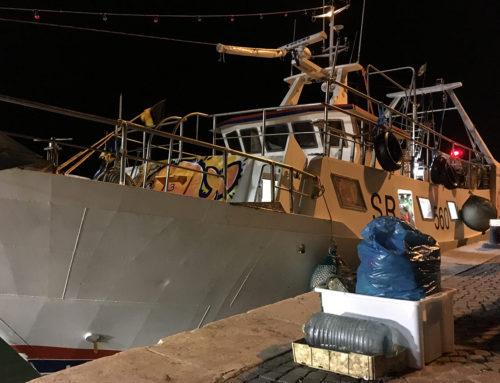 San Benedetto del Tronto, una giornata a pesca di rifiuti