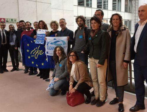 Clean Sea LIFE al Parlamento Europeo: problemi e soluzioni per la pesca dei rifiuti